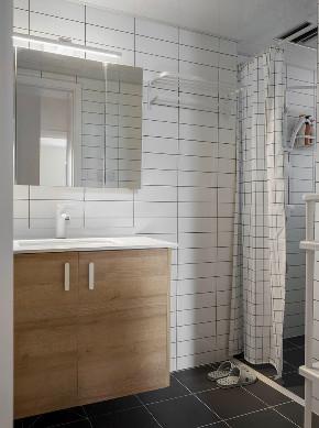 简约 二居 收纳 旧房改造 白领 小资 80后 卫生间图片来自今朝小伟在整体留白简单的木色为主的分享