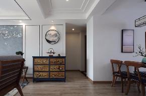 二居 白领 收纳 旧房改造 80后 小资 玄关图片来自今朝小伟在素雅新中式,现代与古典的结合的分享