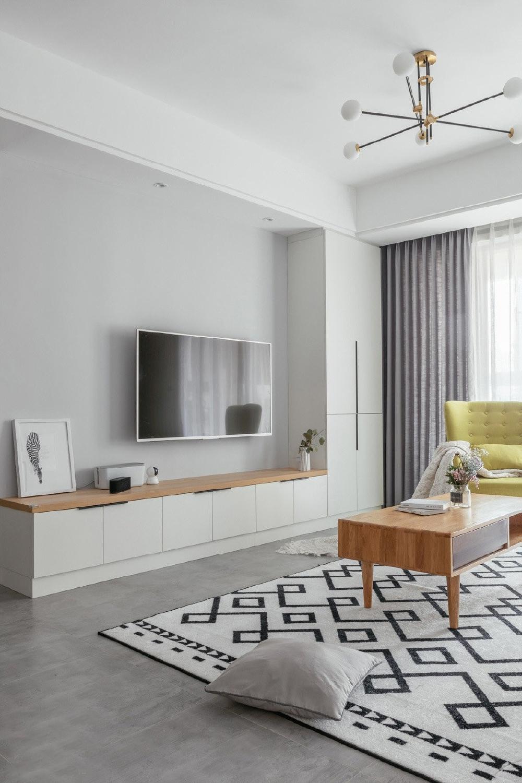 二居 简约 白领 收纳 旧房改造 80后 小资 客厅图片来自今朝小伟在简约的生活态度,温馨的生活环境的分享