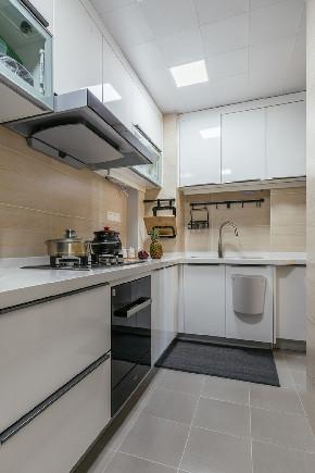 二居 简约 白领 收纳 旧房改造 80后 小资 厨房图片来自今朝小伟在简约的生活态度,温馨的生活环境的分享