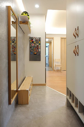 白领 收纳 旧房改造 80后 小资 三居 玄关图片来自今朝小伟在北欧风,稳重与轻松。的分享