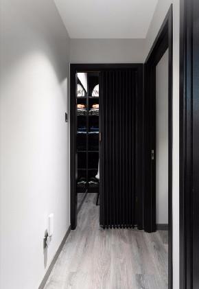 简约 白领 收纳 二居 旧房改造 80后 小资 玄关图片来自今朝小伟在110平米 两居两卫 简约案例的分享