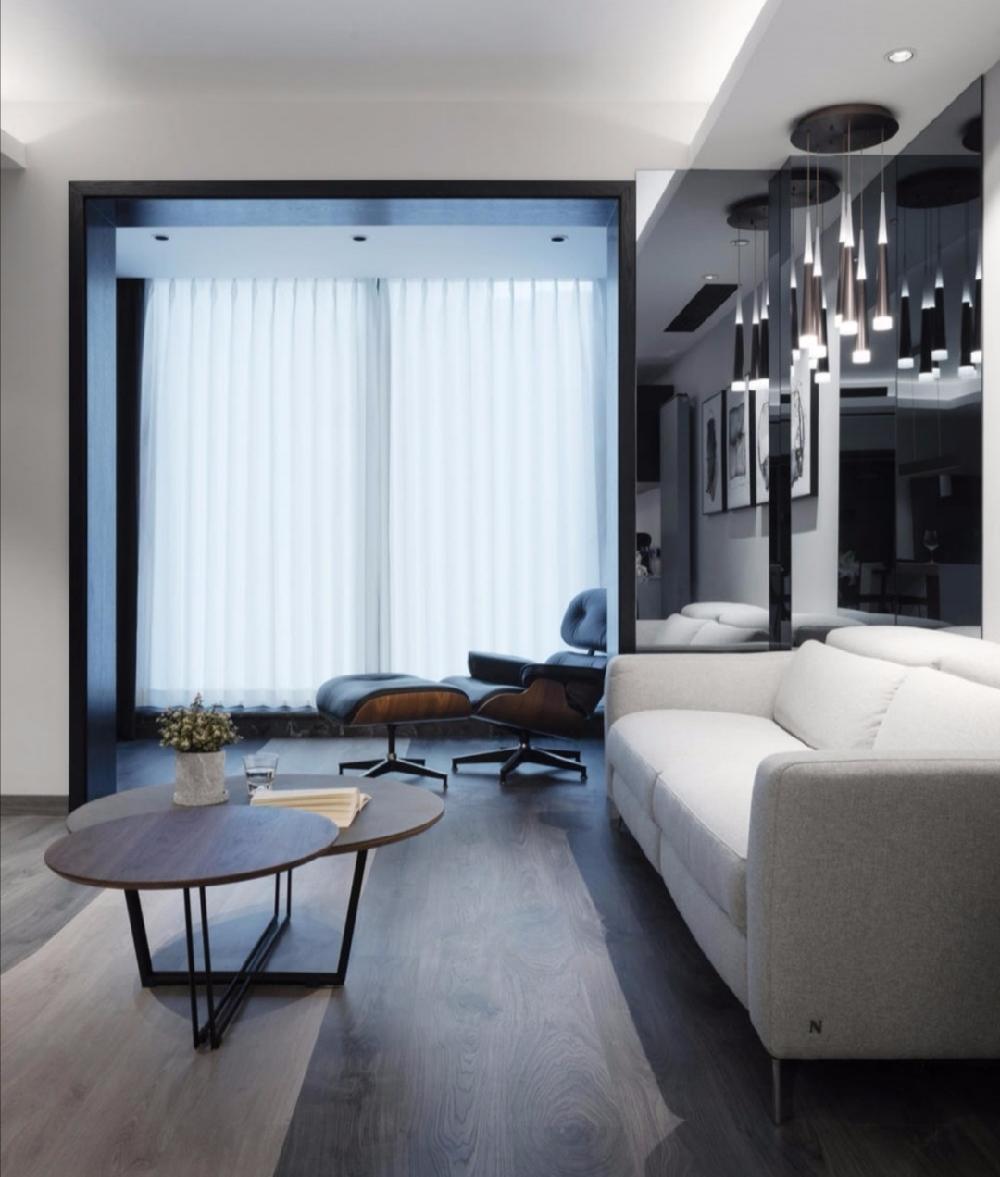简约 白领 收纳 二居 旧房改造 80后 小资 客厅图片来自今朝小伟在110平米 两居两卫 简约案例的分享