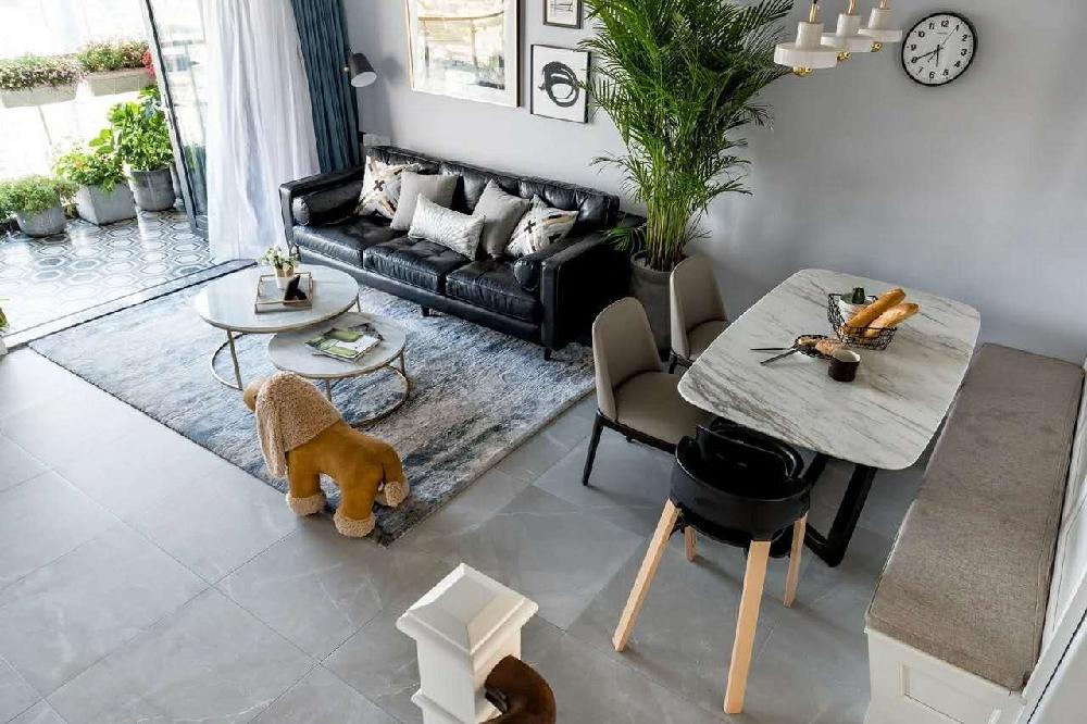 白领 收纳 旧房改造 80后 小资 客厅图片来自今朝小伟在简欧复式,打造清新居心地的分享