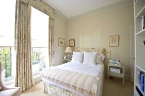 二居 白领 收纳 旧房改造 80后 小资 卧室图片来自今朝小伟在经典粉黄色家居,别有一番风味的分享