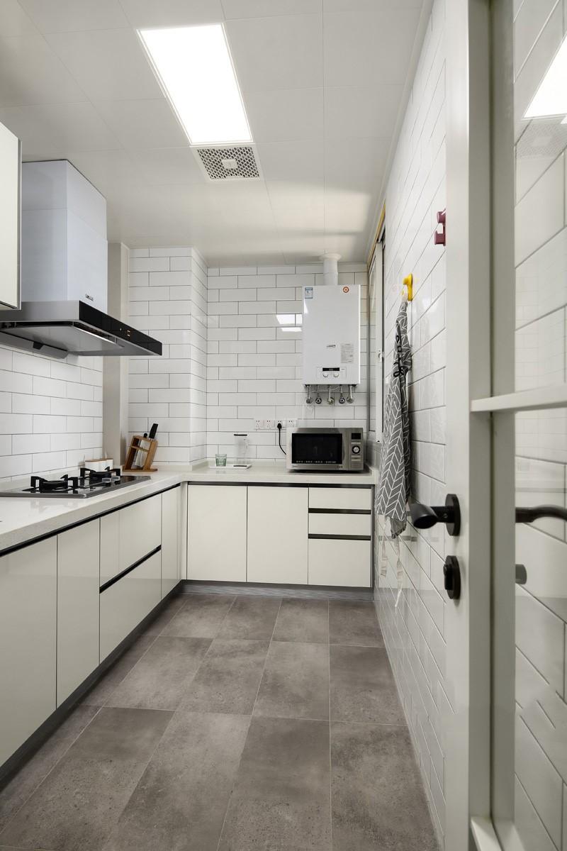 简约 三居 白领 收纳 旧房改造 80后 小资 厨房图片来自今朝小伟在极简才是我们的生活方式的分享