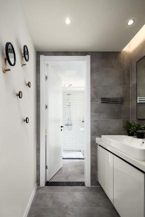 简约 三居 白领 收纳 旧房改造 80后 小资 卫生间图片来自今朝小伟在极简才是我们的生活方式的分享