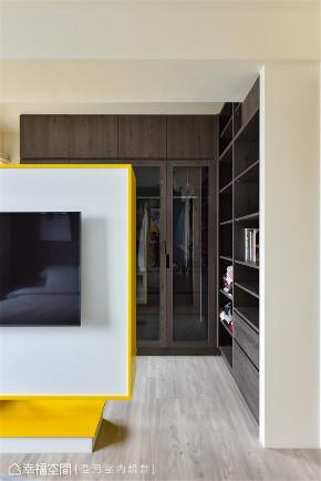 装修设计 装修完成 混搭风格 衣帽间图片来自幸福空间在99平,空气感跳色缤纷新婚宅的分享