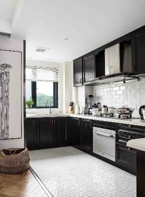 三居 白领 收纳 旧房改造 80后 小资 厨房图片来自今朝小伟在116平北欧风三居室,简约的分享