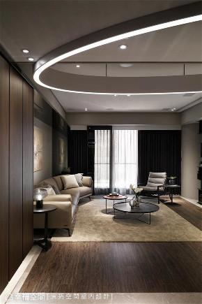 装修设计 装修完成 现代风格 玄关图片来自幸福空间在198平,用同心圆构筑温馨舒适宅的分享