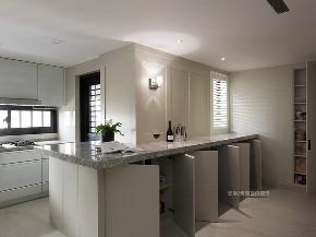 张馨 瀚观 室内设计 装修 装饰 厨房图片来自张馨/瀚观室内装饰在30年老屋,钻石格局的美式典雅的分享