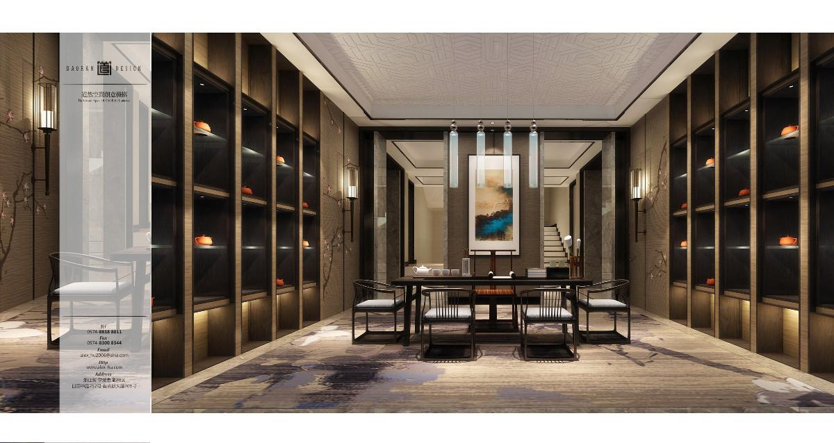 從頂到地面的博古架充當隔斷屏風將空間一分為三,客廳、茶室、餐廳,同時空間又均可互動呼應。客廳在極具現代設計感的水晶燈下,對應著挑高墻面上的暗香枝梅,於是乎營造出一幅潤物細無聲、花香乘風來的雅集風範。