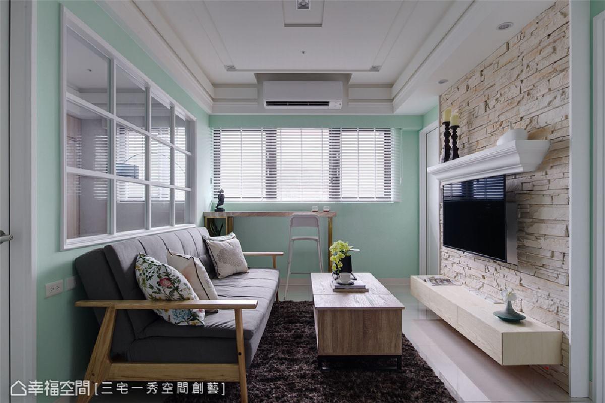 百叶窗元素 柜体采用白色百也门片,并搭配百叶窗,将缱绻的美式浪漫风情填满整个空间。