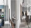 维持通透感 利用具穿透性的玻璃材质区隔空间,降低视觉阻碍,创造通透无压力的舒坦感受。