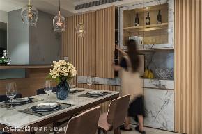 装修设计 装修完成 休闲多元风 餐厅图片来自幸福空间在99平,开阔流畅动线  休闲风格宅的分享