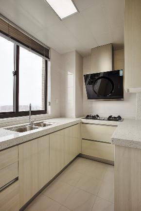三居 简约 厨房图片来自知贤整体家装在绿地海域苏河源的分享