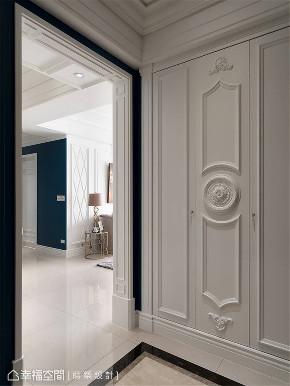 装修设计 装修完成 新古典 标准格局 玄关图片来自幸福空间在149平,高雅质韵 新古典微奢宅邸的分享
