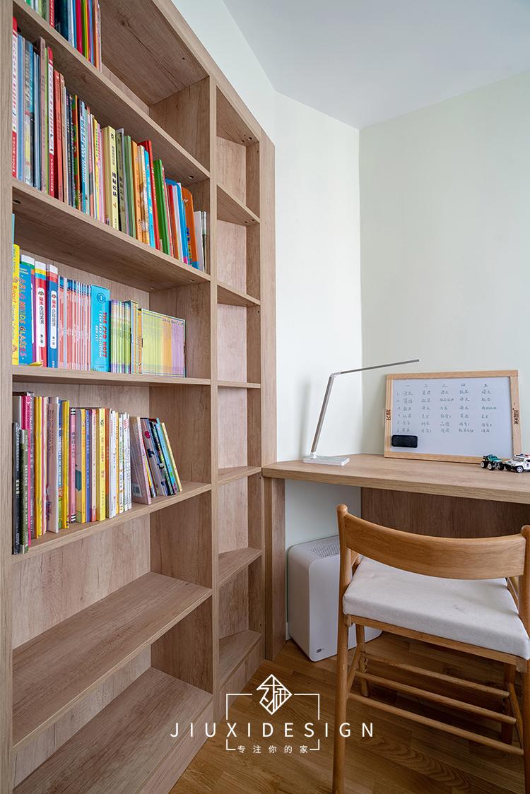 三居 收纳 旧房改造 简约 日式 久栖设计 原木 书房图片来自久栖设计在他们的家居然有一座图书馆的分享