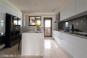 装修设计 装修完成 现代风格 厨房图片来自幸福空间在155平,实现家的愿望清单的分享