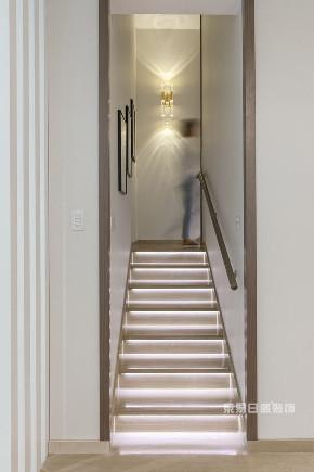 简约 别墅 楼梯图片来自在江南山水-现代简约装修风的分享