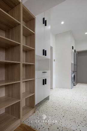 二居 收纳 旧房改造 jiu 玄关图片来自久栖设计在40m²小户型整容改造术的分享