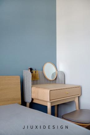 二居 收纳 旧房改造 久栖设计 现代简约 室内设计 家装 装修设计 卧室图片来自久栖设计在高级灰+纯黑电视墙,精致学区房的分享