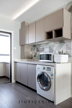 二居 收纳 旧房改造 久栖设计 现代简约 室内设计 家装 装修设计 厨房图片来自久栖设计在高级灰+纯黑电视墙,精致学区房的分享