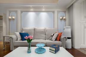 欧式 二居 白领 小资 客厅图片来自乐粉_20200224141614160在纸短情长,有个人在悄悄地爱着你的分享