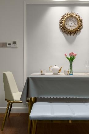 欧式 二居 白领 小资 餐厅图片来自在纸短情长,有个人在悄悄地爱着你的分享