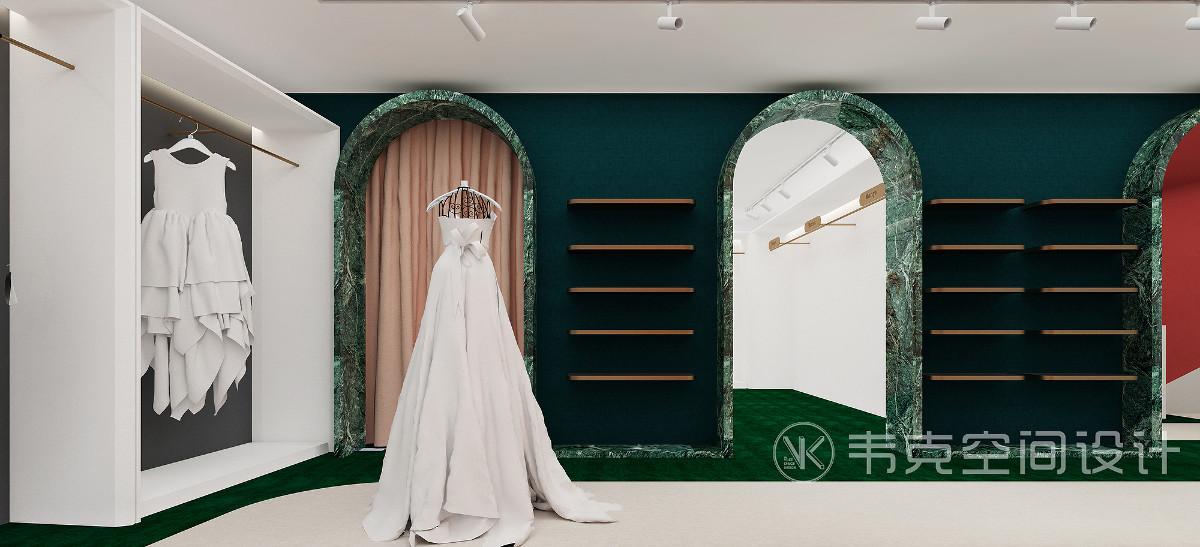 拱形门后分别为中式婚纱及妈妈服饰区和仓库区域,墨绿独有的优雅气质,结合着墙面留白彰显出卓尔不凡的独特魅力。