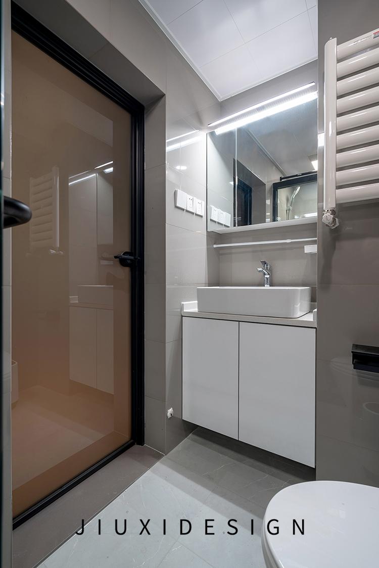 收纳 二居 旧房改造 久栖设计 北欧 简约 卫生间图片来自久栖设计在合理规划空间,使生活条理清晰的分享
